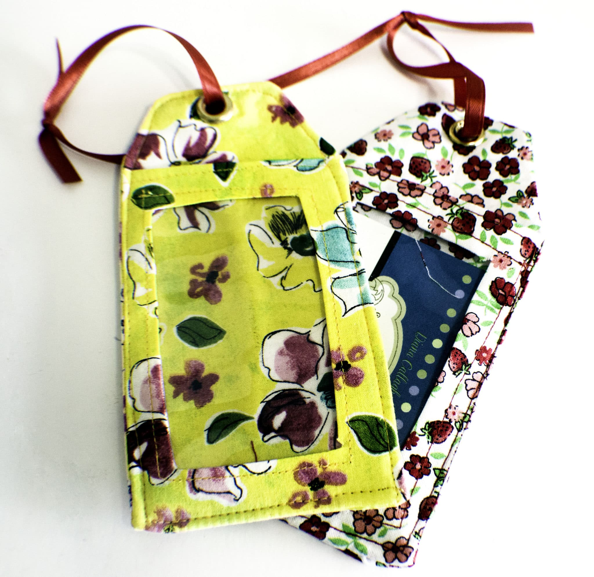 How to Sew DIY Luggage Tags